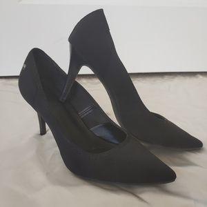 Simply Vera Vera Wang Pointed Heels